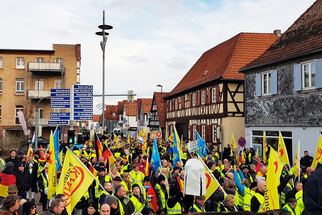 Demonstration in Kandel, Rheinland-Pfalz